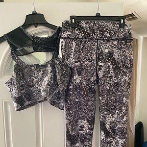 Sports bra and workout pants